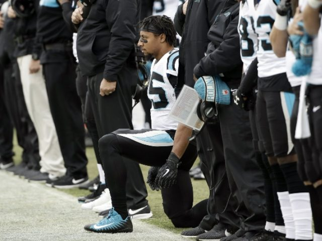 Safety Eric Reid re-signs with Panthers on 3-year deal