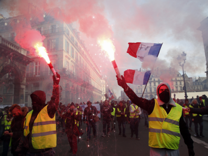 Yellow Vests, Communist-Backed Union Join Forces for Day of Protest