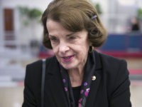 Dianne Feinstein Appears to Lecture School Children in Argument over Green New Deal