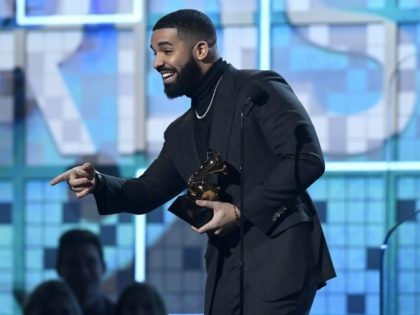 LOS ANGELES, CALIFORNIA - FEBRUARY 10: Drake accepts Best Rap Song for 'God's Plan' onstage during the 61st Annual GRAMMY Awards at Staples Center on February 10, 2019 in Los Angeles, California. (Photo by Kevork Djansezian/Getty Images)