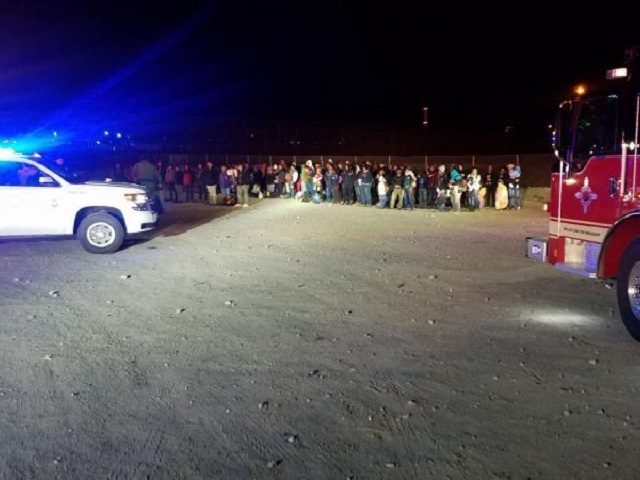 El Paso Sector Border Patrol agents apprehend a group of 180 Central American migrants families and unaccompanied minors on February 26 near Sunland Park, New Mexico. (Photo: U.S. Border Patrol/El Paso Sector)