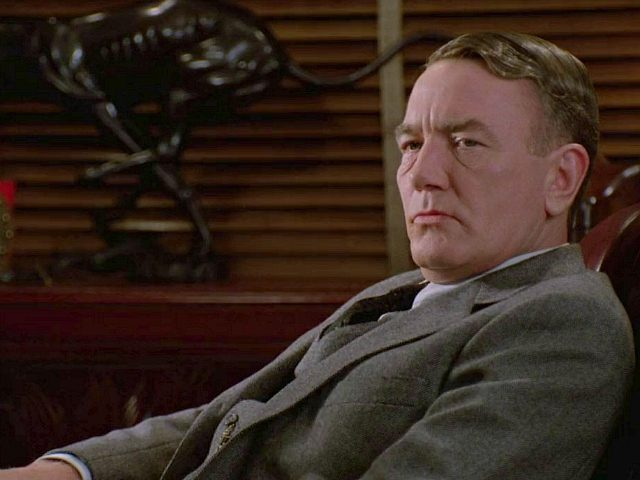 Albert Finney in Miller's Crossing (Twentieth Century Fox, 1990)