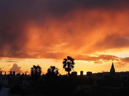 Los Angeles cold weather (Mario Tama / Getty)