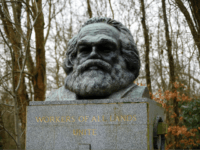 'Architect of Genocide' – Vandals Deface Karl Marx's English Grave