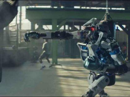 Michelob ULTRA robot commercial