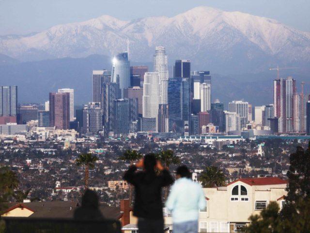 Snow Los Angeles (Mario Tama / Getty)