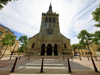 St Nicolas Eglise Church