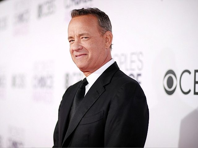 Actor Tom Hanks attends the People's Choice Awards 2017 at Microsoft Theater