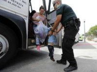 Border Bill Offers Aid, Buses, Legal Shields to Migrants