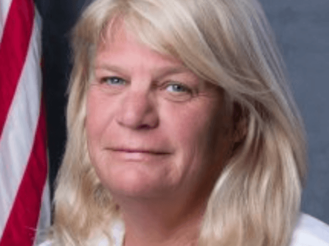 Florida official accused of face-licking and groping resigns