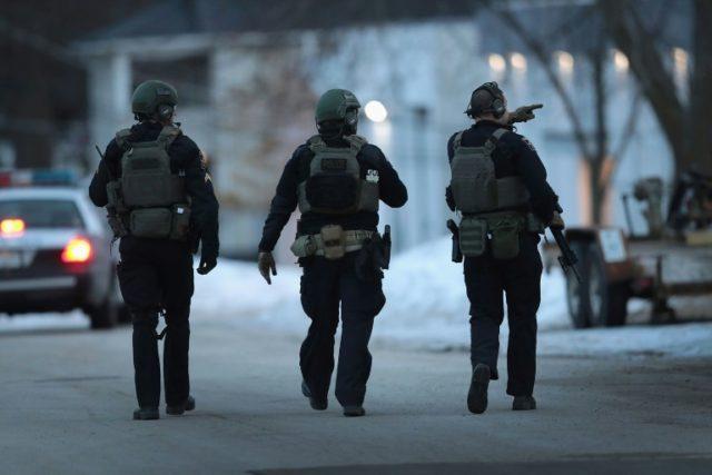 Gunman kills five in mass shooting at US manufacturing facility