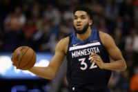 NBA T-Wolves center Towns recovering after car smash