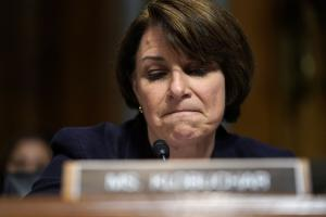 Sen. Amy Klobuchar leans on Midwest background in presidential bid