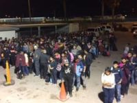 400 Migrants Apprehended Within Five Minutes in El Paso Sector