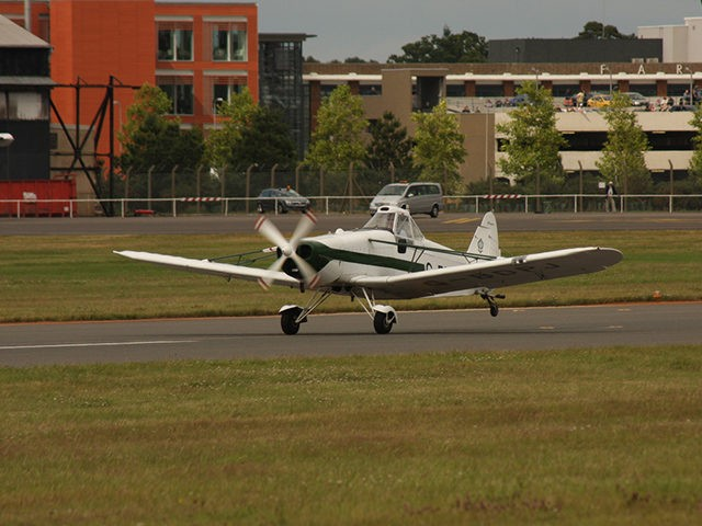 Piper PA-25 airplane.
