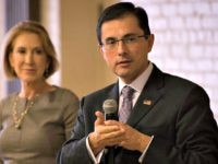 Job Creators Network CEO Alfredo Ortiz speaks at an event with former presidential candidate Carly Fiorina in Denver. (Photo courtesy of JCN)