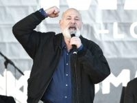 LOS ANGELES, CA - JANUARY 20: Actor Rob Reiner speaks onstage at 2018 Women's March Los Angeles at Pershing Square on January 20, 2018 in Los Angeles, California. (Photo by Amanda Edwards/Getty Images for The Women's March Los Angeles)