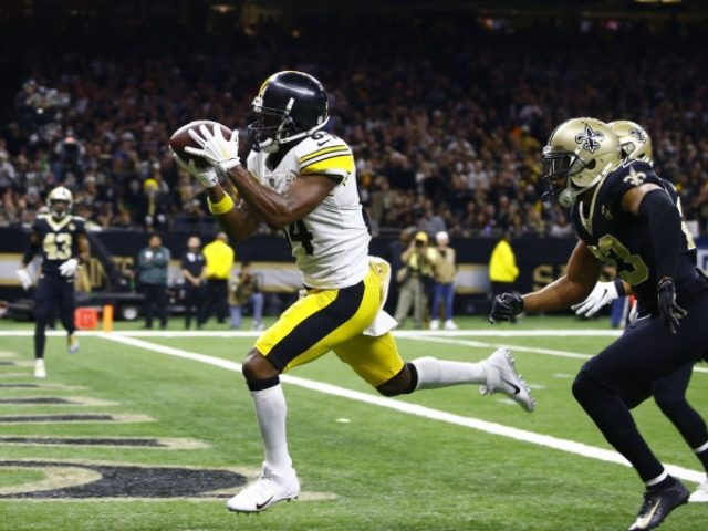 3 theories on why the Steelers haven't traded Antonio Brown yet