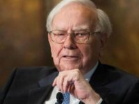 Warren Buffett: I Would 'Certainly' Vote for Michael Bloomberg