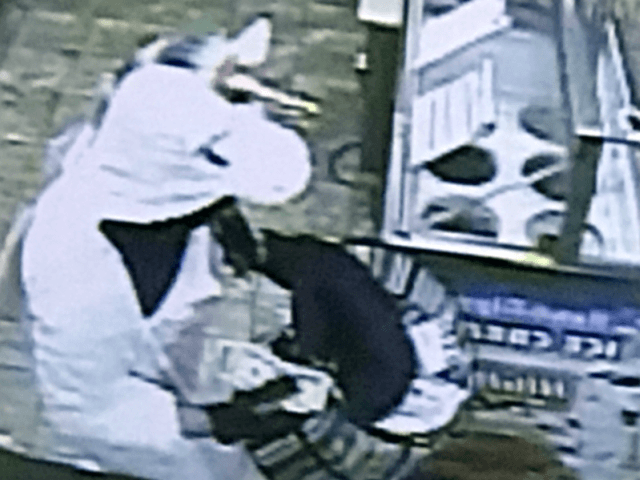 A man dressed as a unicorn brandishing a crowbar robbed a convenience store early Saturday morning, according to the Baltimore County Police Department.