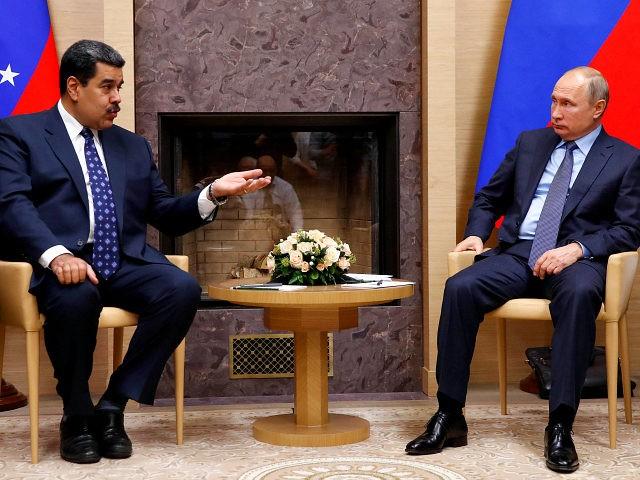 Juan Guaido Arrives in Venezuela Despite Imposed Travel Ban