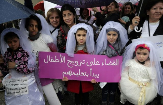 Lebanese girls protested against marriage before the age of 18, in the capital Beirut