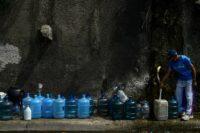 Venezuela calls public sector back to work as blackout recedes