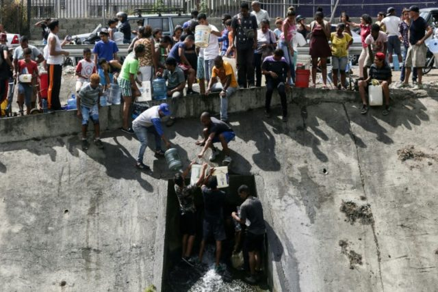 In Caracas, water an obsession after days of blackout