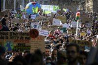 Paris climate rally draws 45,000 people: media estimate