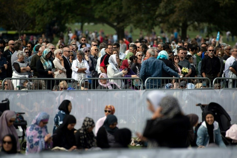 New Zealand prays, falls silent, a week after mosque ...