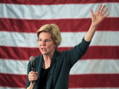 Warren Tells Mississippians at Town Hall: Get Another State Flag Sans Confederate Symbol
