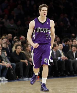 80b5605bcd07 Suns ink former March Madness star Jimmer Fredette - Breitbart