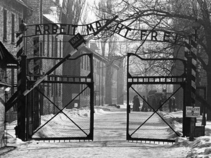 Report: German Leader Angela Merkel to Make First Auschwitz Visit