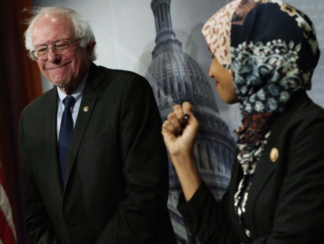 Bernie Sanders Ilhan Omar (Alex Wong / Getty)
