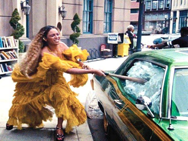 Beyoncecrop1