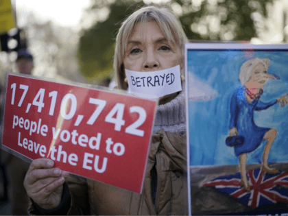 LONDON, ENGLAND - DECEMBER 11: Pro brexit protesters demonstrate outside parliament on December 11, 2018 in London, England. After British Prime Minister Theresa May postponed a Commons vote on the Brexit deal she is meeting European leaders and EU officials today for talks aimed at rescuing her plan. (Photo by …