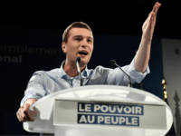 Populists on Course to Become Largest French Party in EU Parliament Election