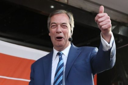 Former UK Independence Party (UKIP) leader, Brexit campaigner and member of the European Parliament Nigel Farage speaks at a pro-Brexit rally in central London on March 29, 2019, organised by Leave Means Leave. - British MPs on Friday rejected Prime Minister Theresa May's EU divorce deal for a third time, …