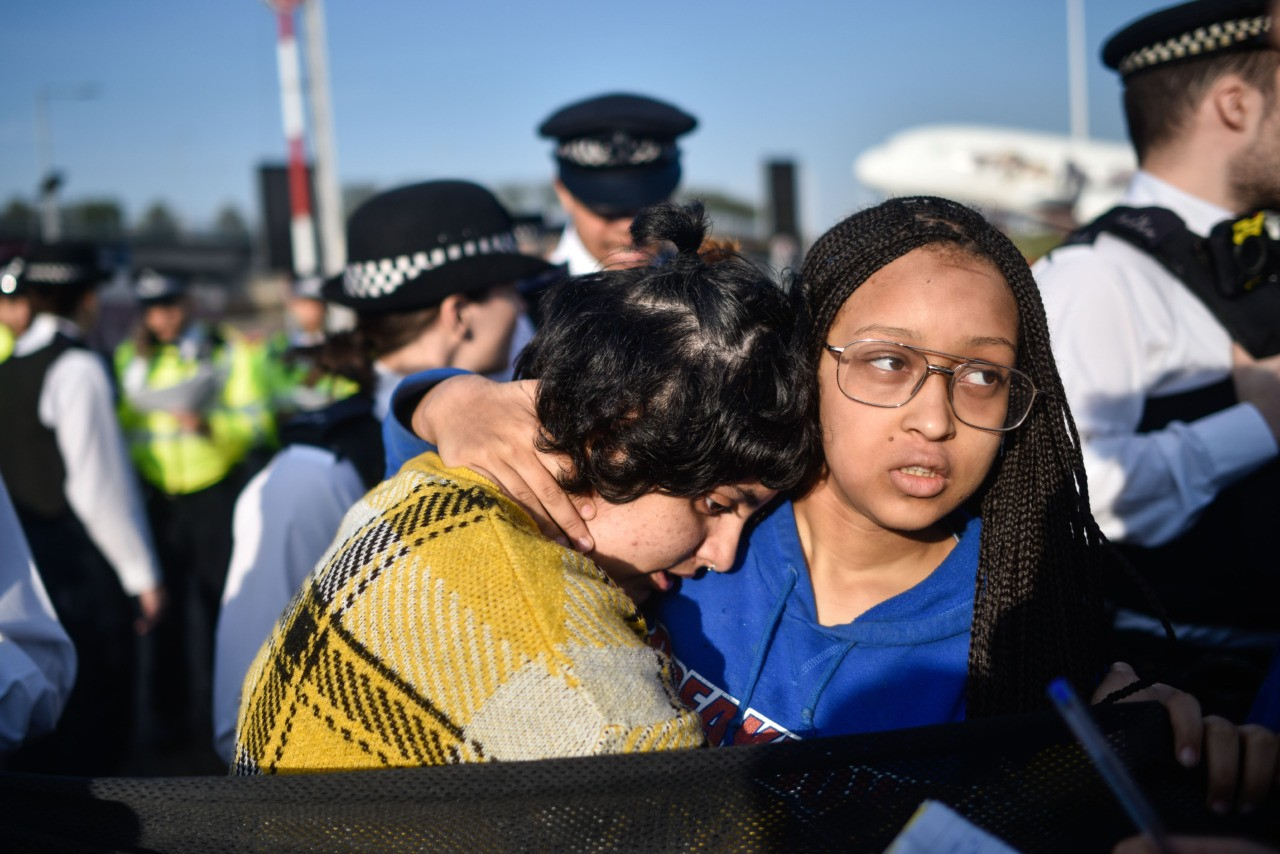 LONDON, ENGLAND - APRIL 19: Climate protestors hold a demo outside Heathrow Airport on April 19, 2019 in London, England. The climate change activism group, Extinction Rebellion, said they planned to shut down Heathrow airport. (Photo by Peter Summers/Getty Images)