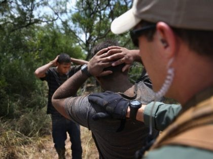 Falfurrias Station Border Patrol agents apprehended migrants being smuggled on ranches in Brooks County, Texas. (File Photo: John Moore/Getty Images)
