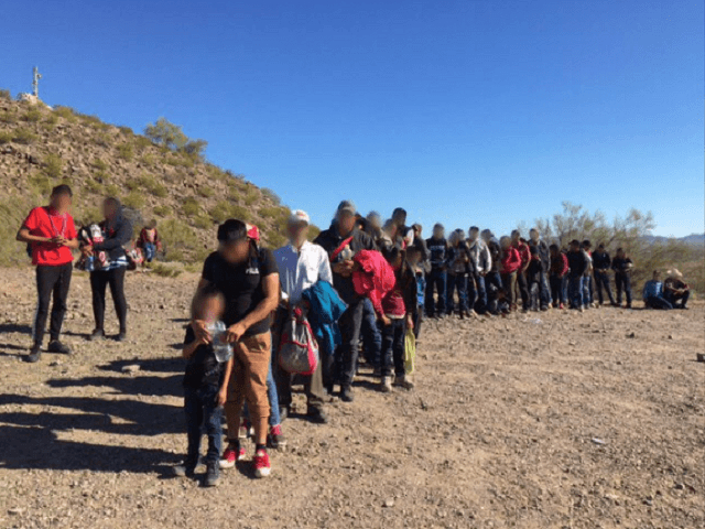 Large group of 135 mostly Central American migrants in Arizona Desert. (Photo: U.S. Border Patrol/Tucson Sector)