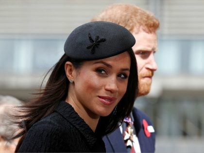 Britain's Prince Harry (R) and his US fiancee Meghan Markle arrive to attend a service of commemoration and thanksgiving to mark Anzac Day in Westminster Abbey in London on April 25, 2018. - Anzac Day marks the anniversary of the first major military action fought by Australian and New Zealand …