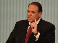 Huckabee on Romney's Fake Twitter: 'The Work of Kids, Cowards'