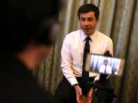 MARCH 28: Democratic presidential hopeful South Bend, Indiana mayor Pete Buttigieg speaks to members of the media before appearing at the Commonwealth Club of California on March 28, 2019 in San Francisco, California. Pete Buttigieg is campaigning in San Francisco. (Photo by Justin Sullivan/Getty Images)