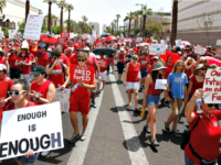 #RedforEd Teachers Force North Carolina Schools to Shut Down