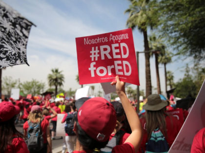 #RedforEd Protest Against Secretary of Education DeVos Fizzles in Arizona