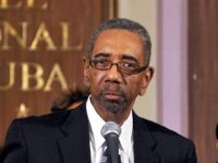 US Democrat congressman Bobby Rush speaks during a briefing on April 07, 2009 at National Hotel in Havana, next to (L to R) US Democrats congresspersons Emanuel Cleaver, Marcia Fudge and Mel Watt. Cuban President Raul Castro told US lawmakers visiting Cuba that he was ready to speak with President …