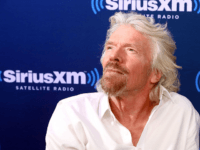Billionaire Branson Congratulates May for Stopping No Deal Brexit
