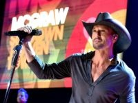 BURBANK, CA - OCTOBER 15: Musician Tim McGraw performs onstage during the iHeartRadio Album Release Party with Tim McGraw at the iHeartRadio Theater on October 15, 2014 in Burbank, California. (Photo by Kevin Winter/Getty Images for iHeartMedia)