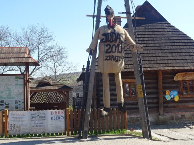 This picture taken on April 19, 2019 shows an effigy of Judas on Good Friday, hanging in the town of Pruchnik, southern Poland. - The World Jewish Congress has condemned the Polish town after reports that residents hung and burnt an effigy 'made to look like a stereotypical Jew' in …